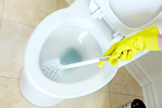 Como-limpar-vaso-sanitário-corretamente